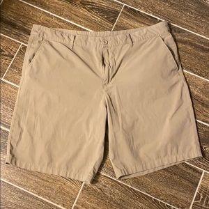 Swiss Tech hybrid shorts khaki 40